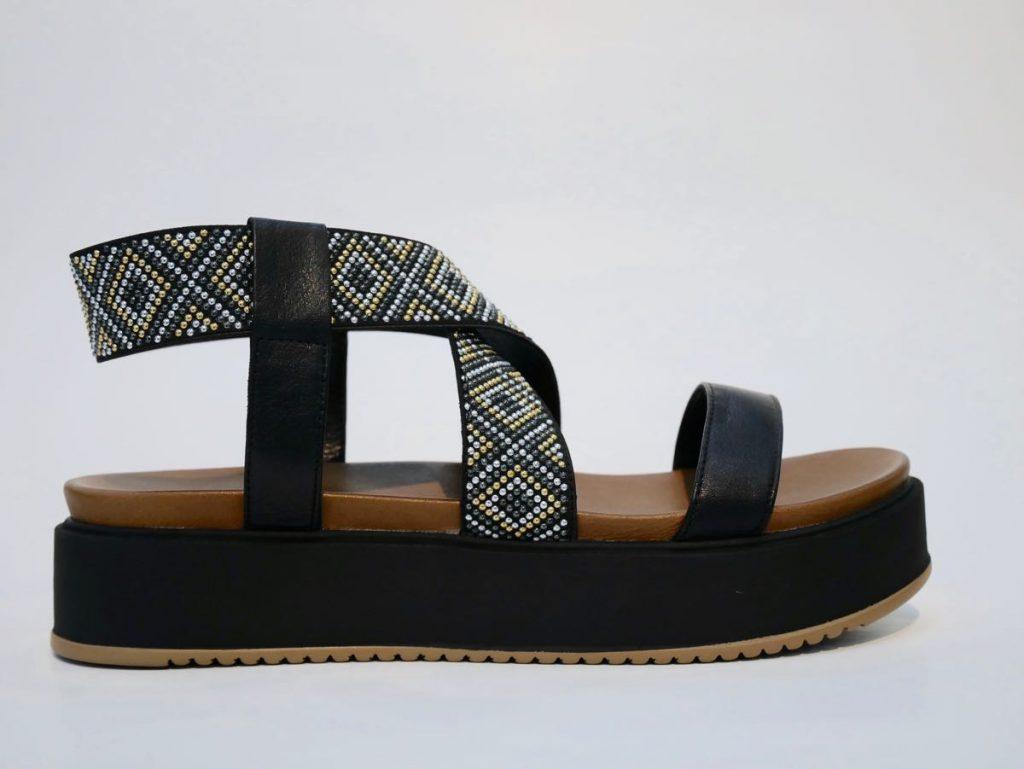 7280 Inuovo Sandale schwarz mit Perlen 3