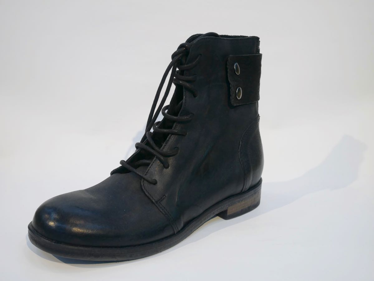 damen boots schwarz modehaus rieker s en kreis g ppingen genau zwischen geislingen und. Black Bedroom Furniture Sets. Home Design Ideas