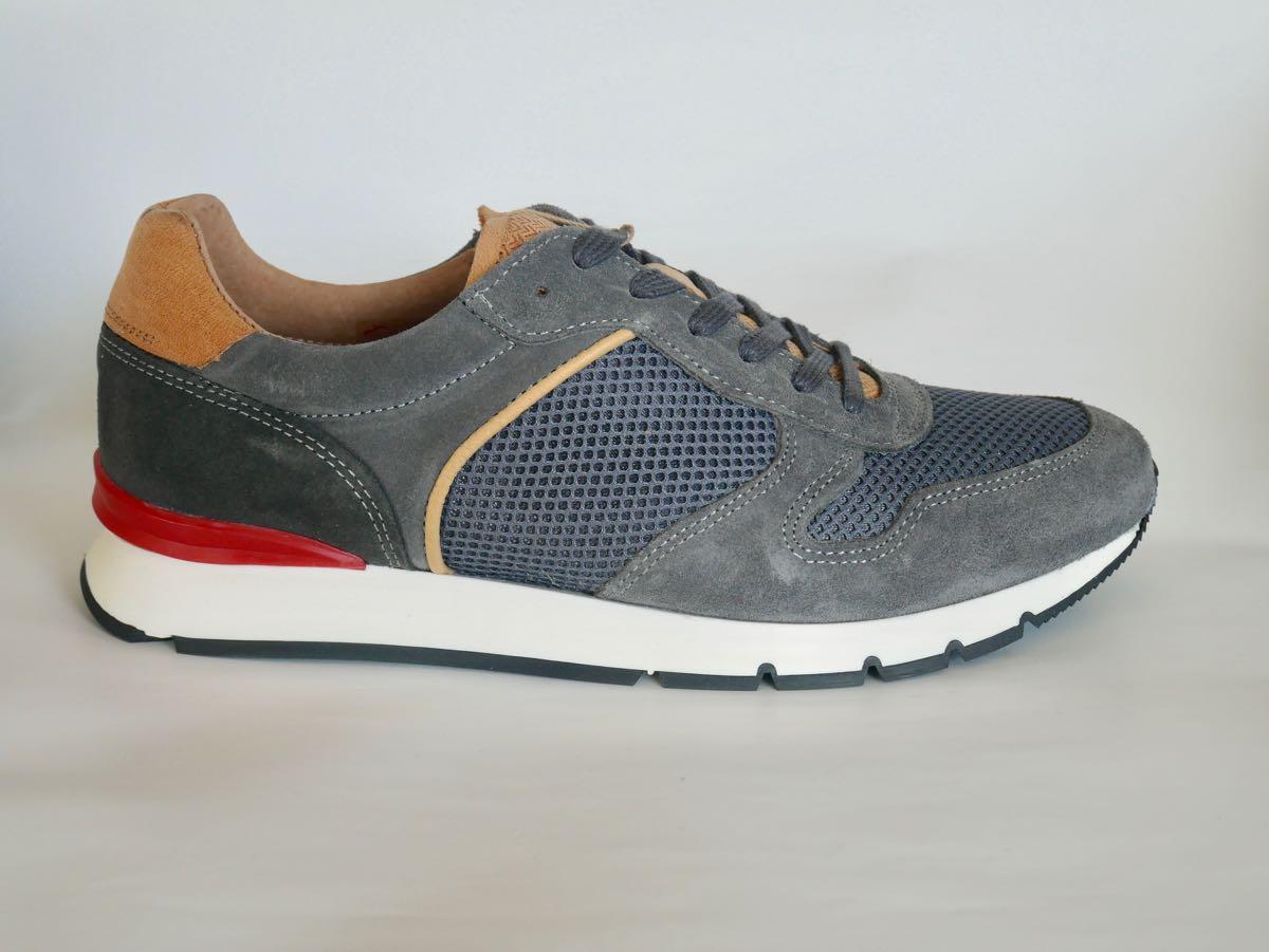 Maenner Sneaker grau 2