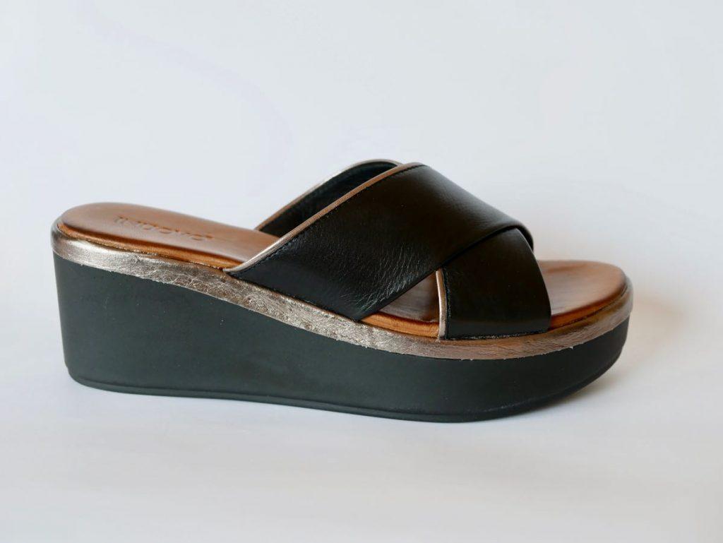 Inuovo Sandale schwarz gold 2