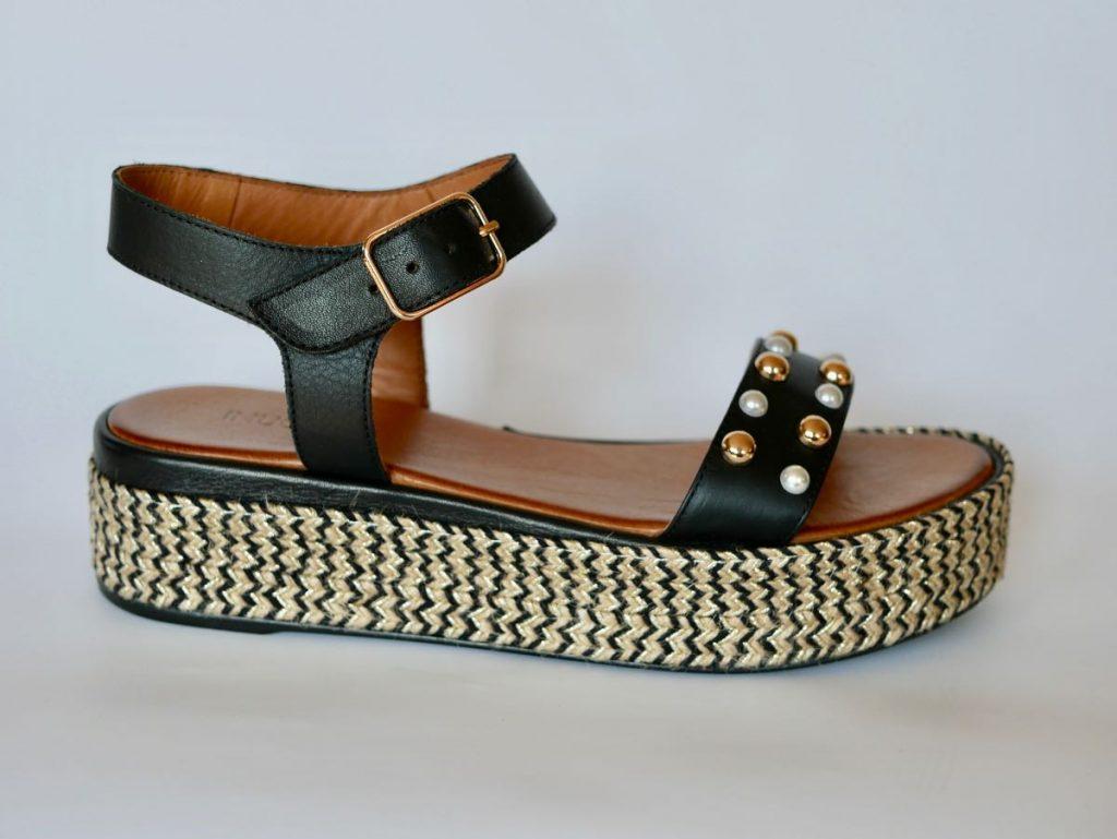 Inuovo Sandalen mit Perlen 1