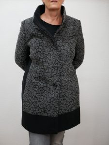 Frauenmantel grau schwarz Barbara Lebek 2