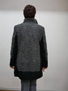Frauenmantel grau schwarz Barbara Lebek 4