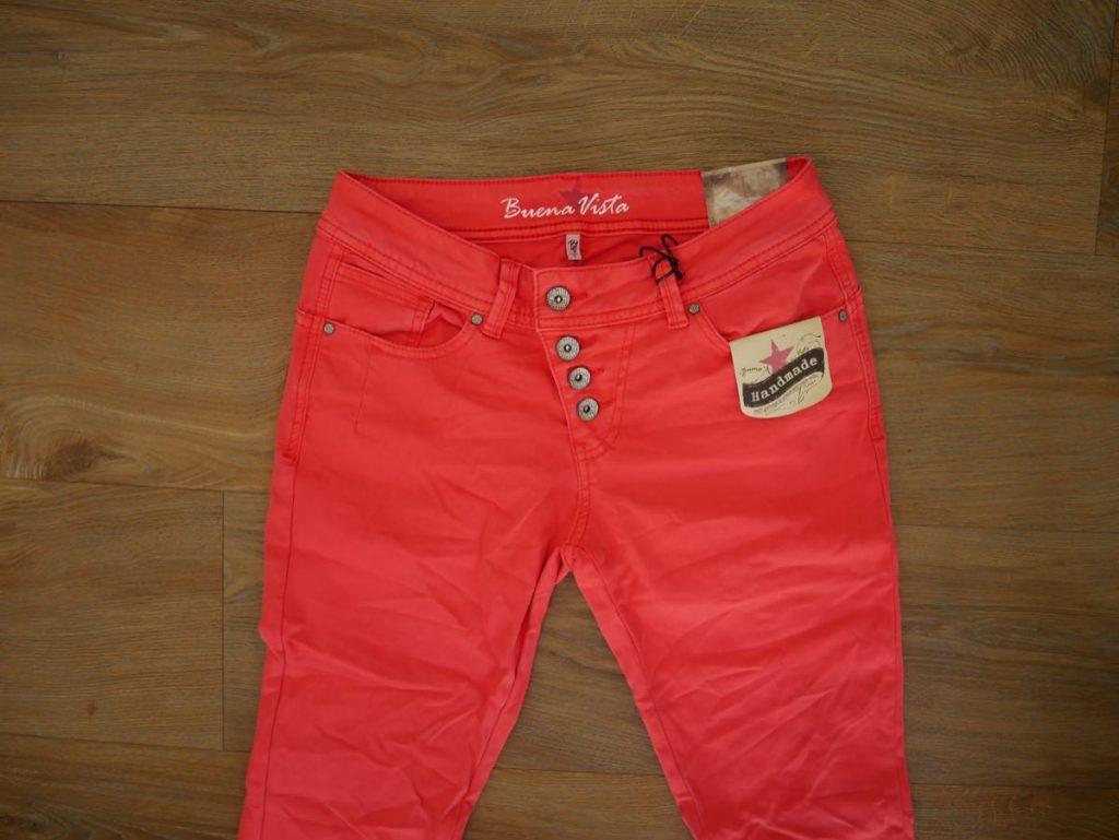 Rote Jeans von Buena Vista 2