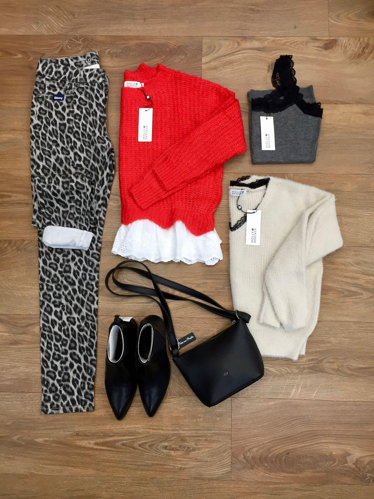 Molly Bracken Outfit