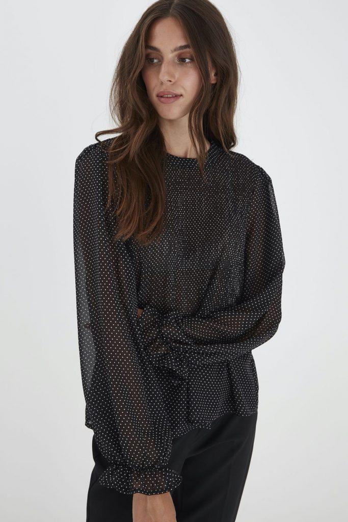 Bluse mit Puffärmeln von Ichi gepunktet schwarz