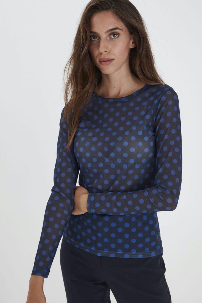 Bluse mit blauen Punkten von Ichi